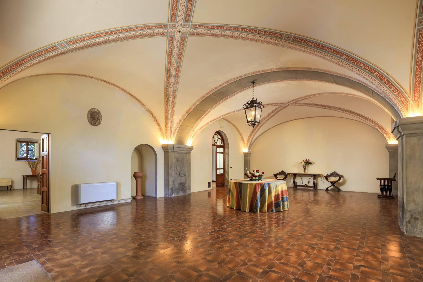 Villa in Vendita a Reggello: 5 locali, 2450 mq - Foto 6
