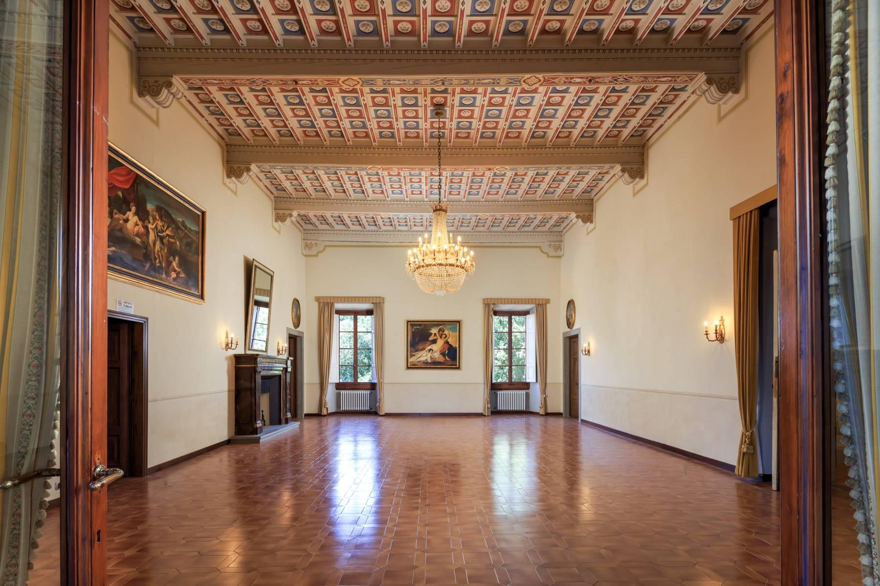 Villa in Vendita a Reggello: 5 locali, 2450 mq - Foto 10
