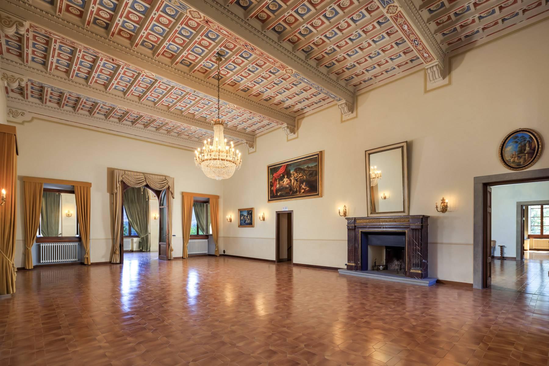 Villa in Vendita a Reggello: 5 locali, 2450 mq - Foto 5