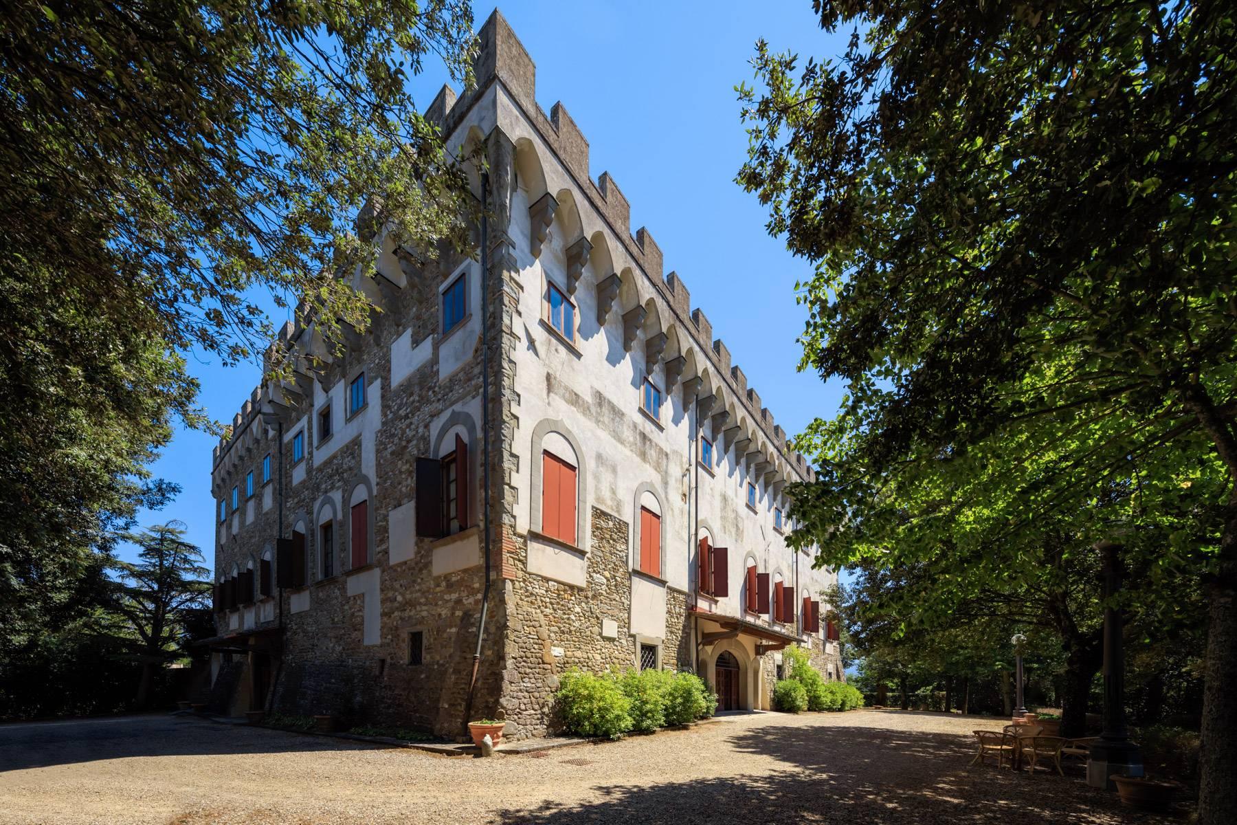 Villa in Vendita a Reggello: 5 locali, 2450 mq - Foto 15