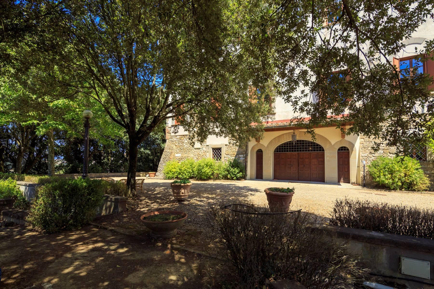 Villa in Vendita a Reggello: 5 locali, 2450 mq - Foto 16