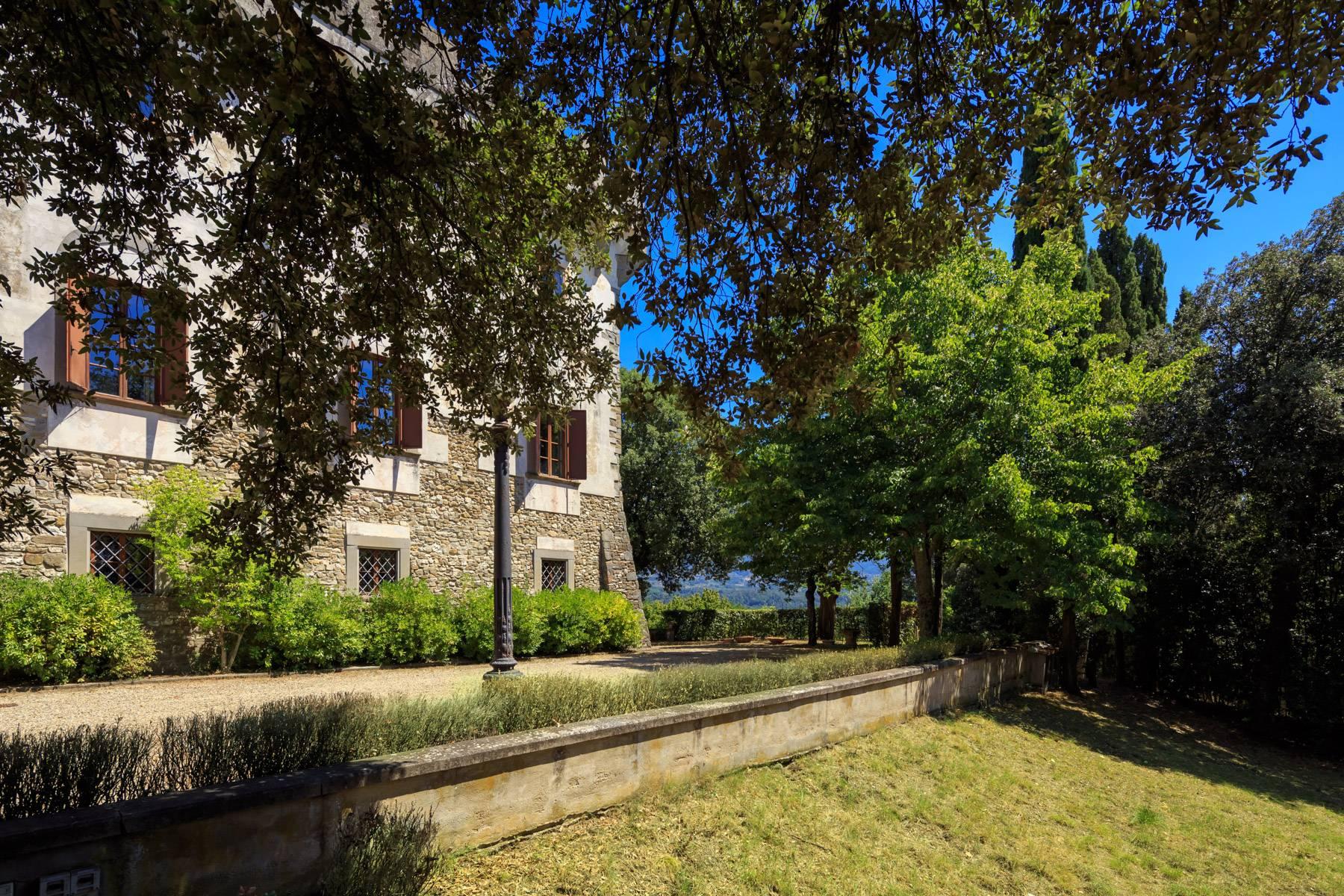 Villa in Vendita a Reggello: 5 locali, 2450 mq - Foto 17