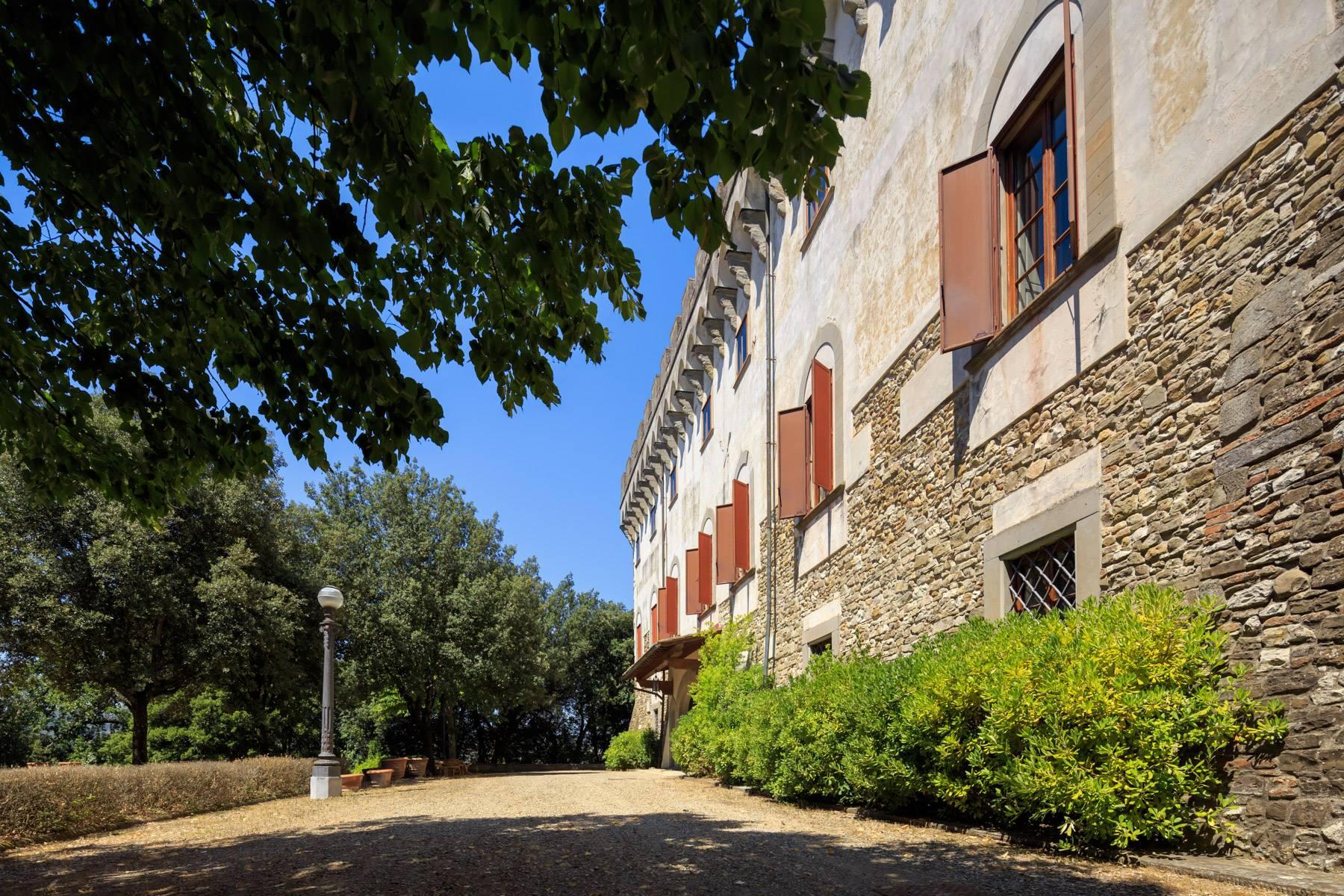 Villa in Vendita a Reggello: 5 locali, 2450 mq - Foto 18