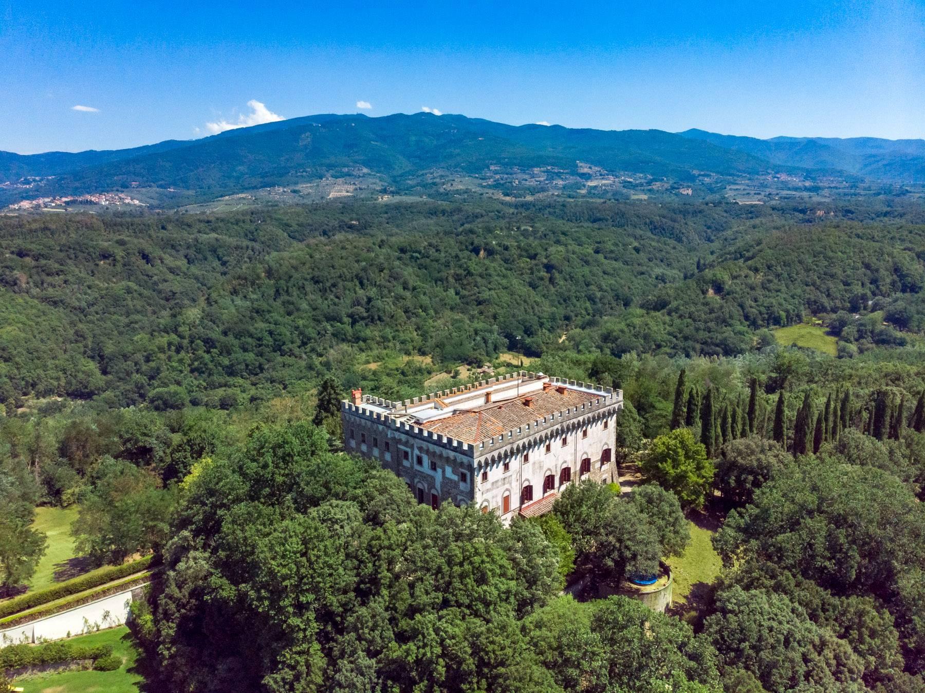 Villa in Vendita a Reggello: 5 locali, 2450 mq - Foto 23