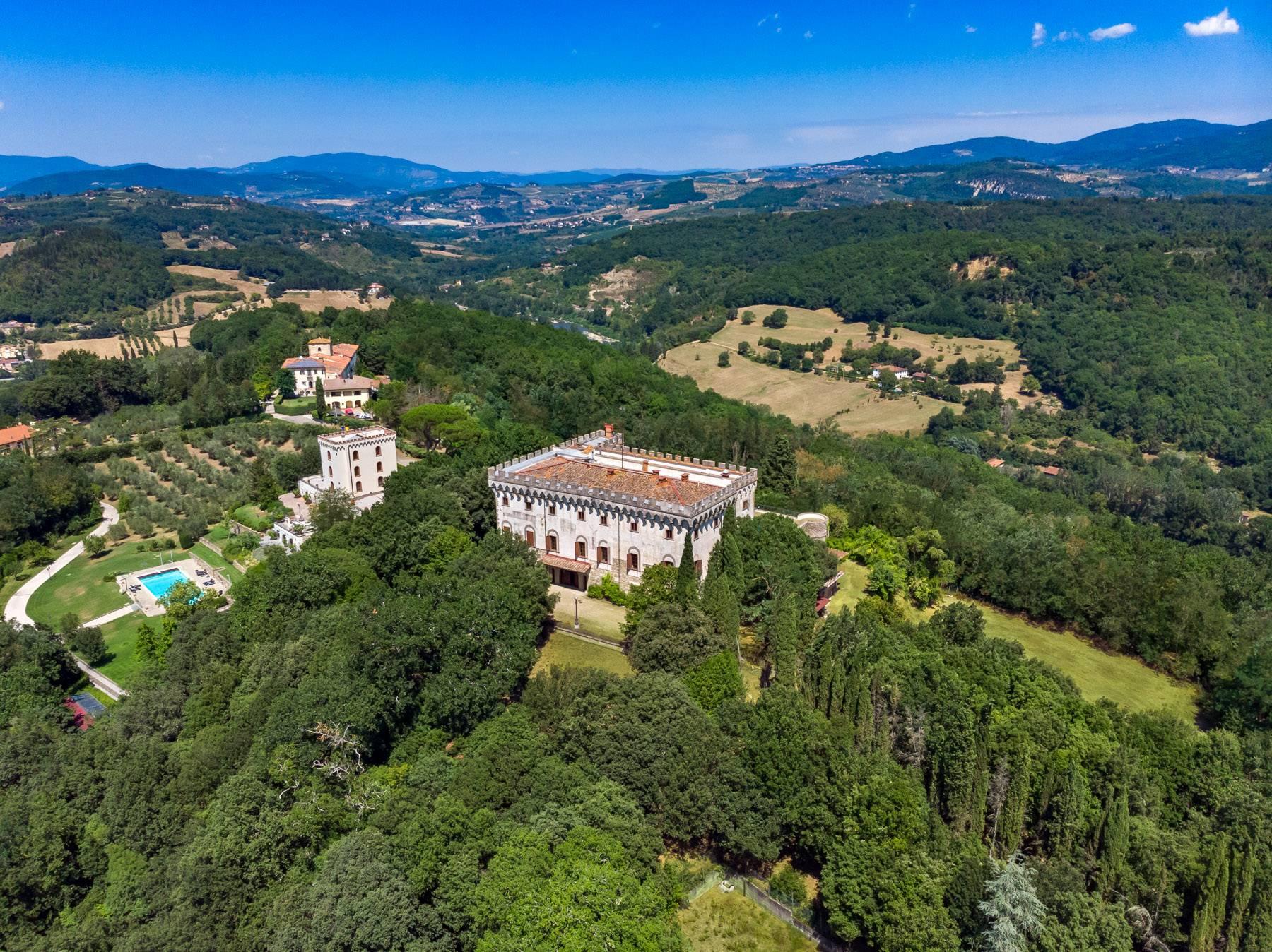 Villa in Vendita a Reggello: 5 locali, 2450 mq - Foto 24