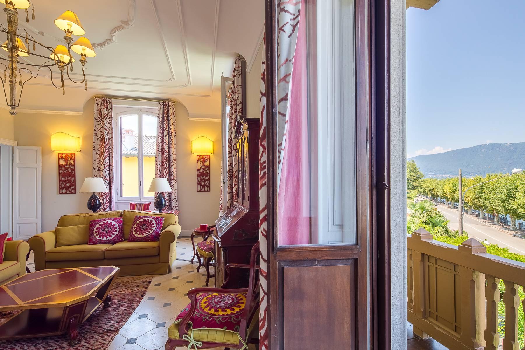 Villa in Affitto a Porto Valtravaglia via cesare battisti