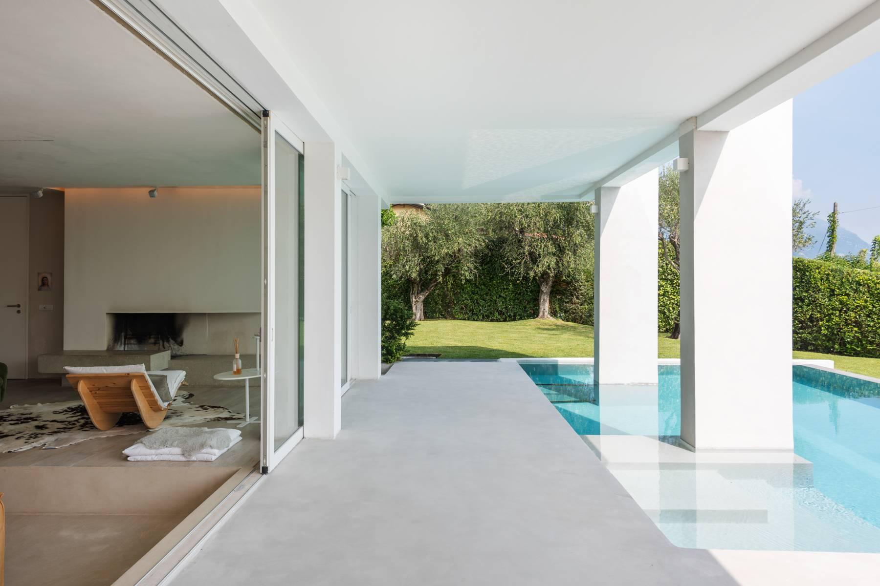 Villa in Vendita a Manerba Del Garda: 5 locali, 355 mq - Foto 2