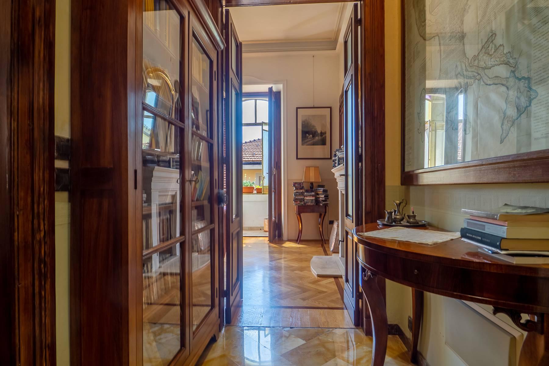 Appartamento in Vendita a Torino: 4 locali, 151 mq - Foto 2