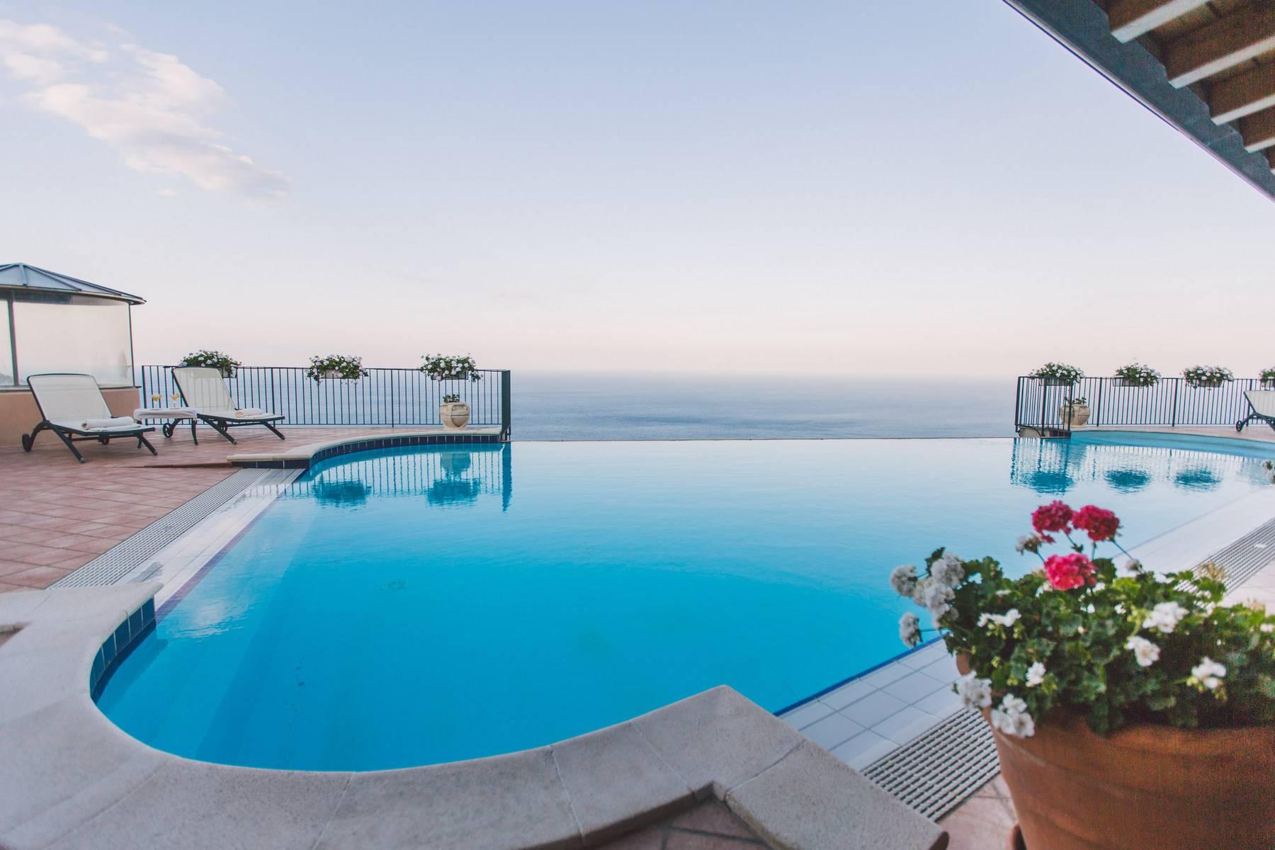Villa in Vendita a Taormina contrada tirone