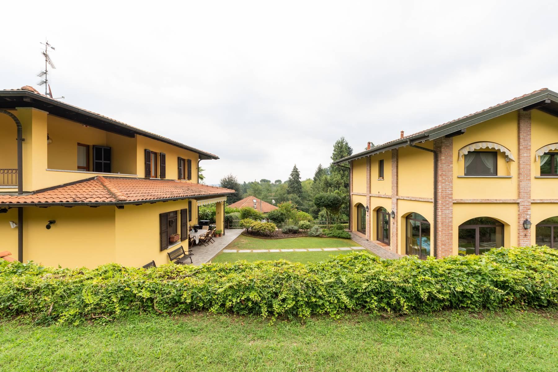 Villa in Vendita a Arona: 5 locali, 350 mq - Foto 5