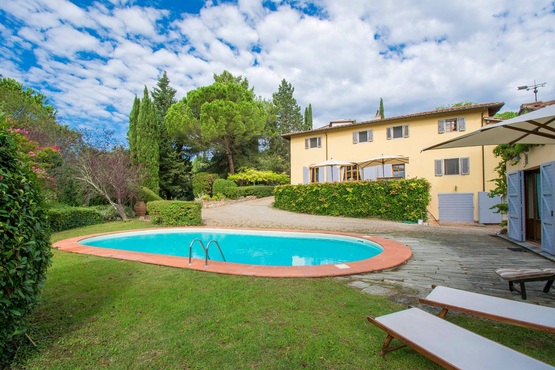 Villa in Vendita a Montopoli In Val D'Arno: 5 locali, 400 mq