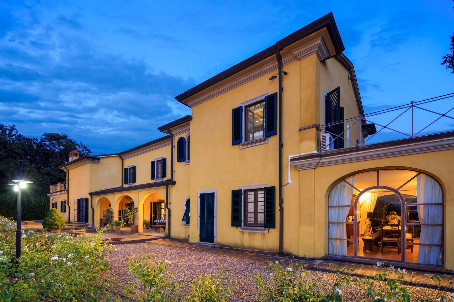 Villa in Vendita a Bientina: 5 locali, 500 mq - Foto 2