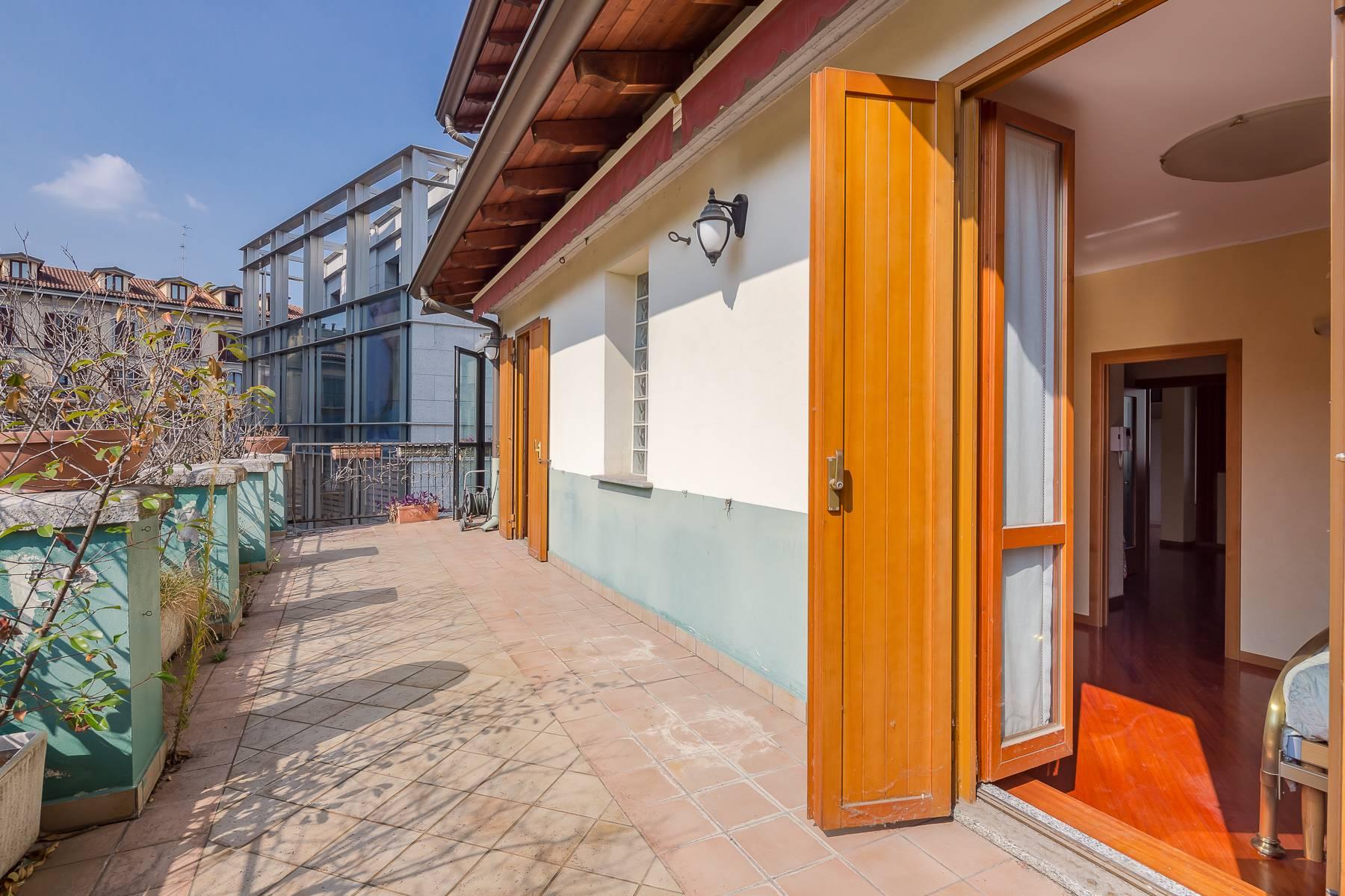 Appartamento in Vendita a Milano 01 Centro storico (Cerchia dei Navigli): 3 locali, 150 mq