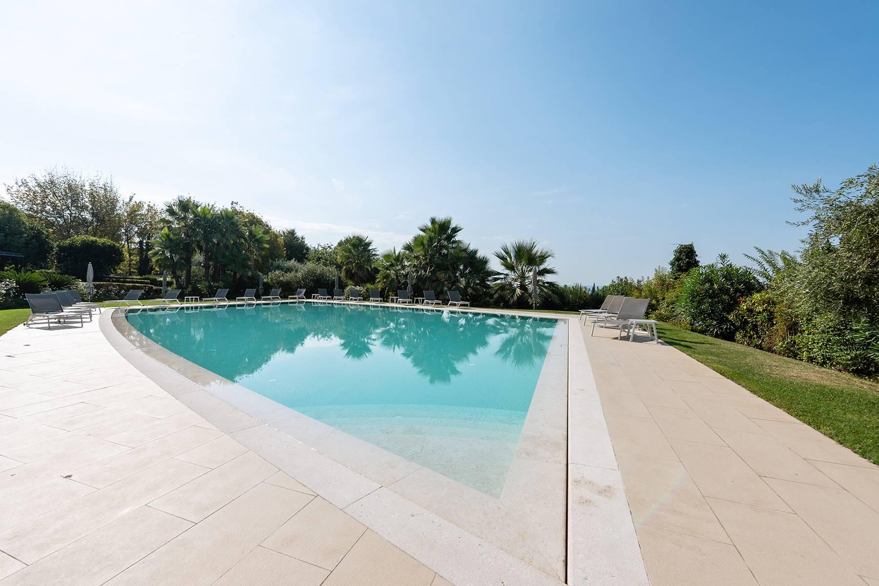 Villa in Vendita a Bardolino: 5 locali, 230 mq - Foto 12