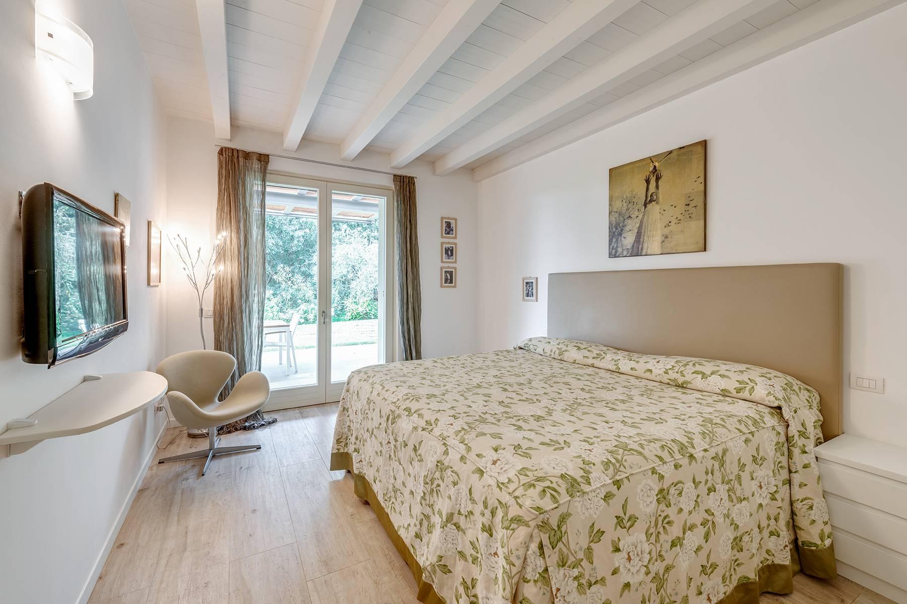 Villa in Vendita a Bardolino: 5 locali, 230 mq - Foto 4