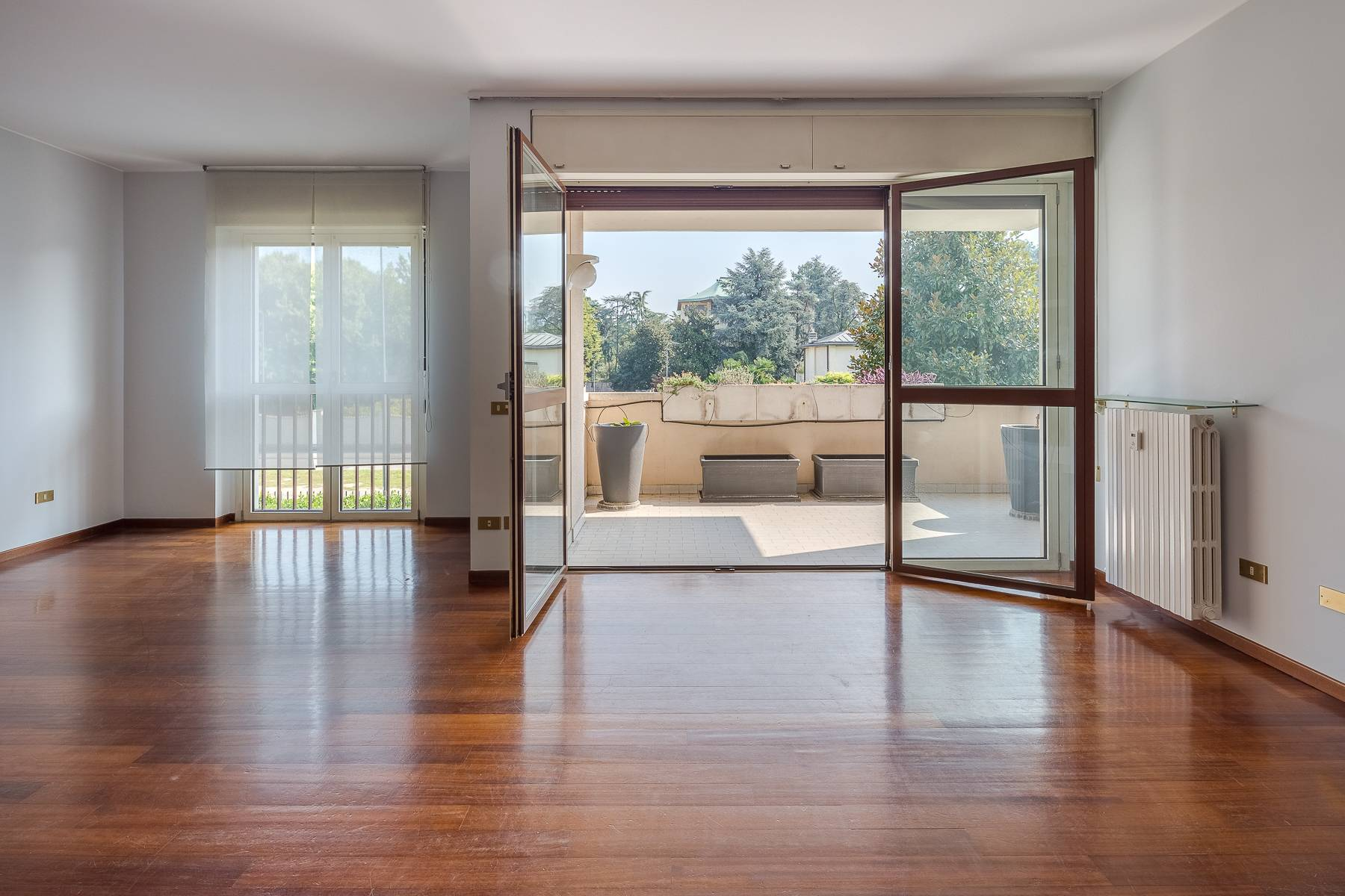 Appartamento in Vendita a Milano 18 Ippodromo / San Siro / Zavattari: 4 locali, 193 mq