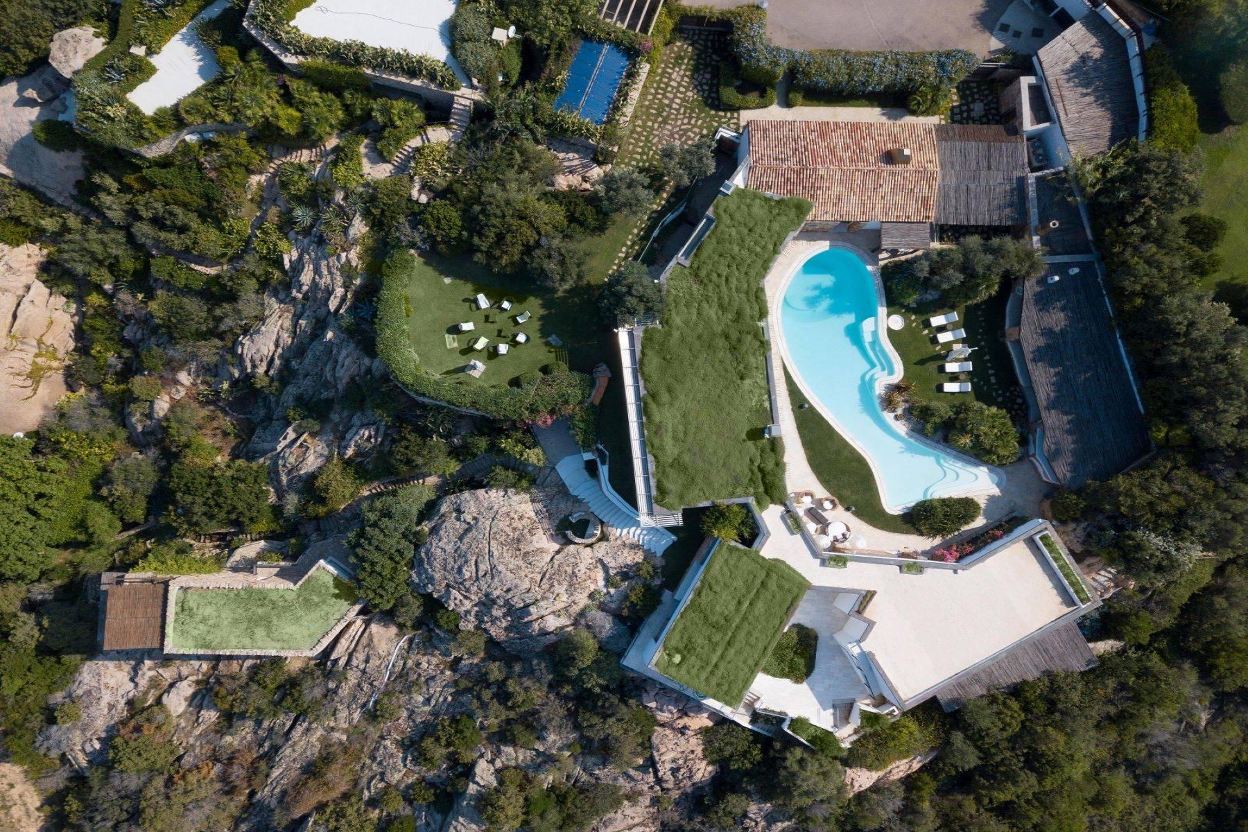 Villa in Vendita a Arzachena: 5 locali, 975 mq - Foto 13