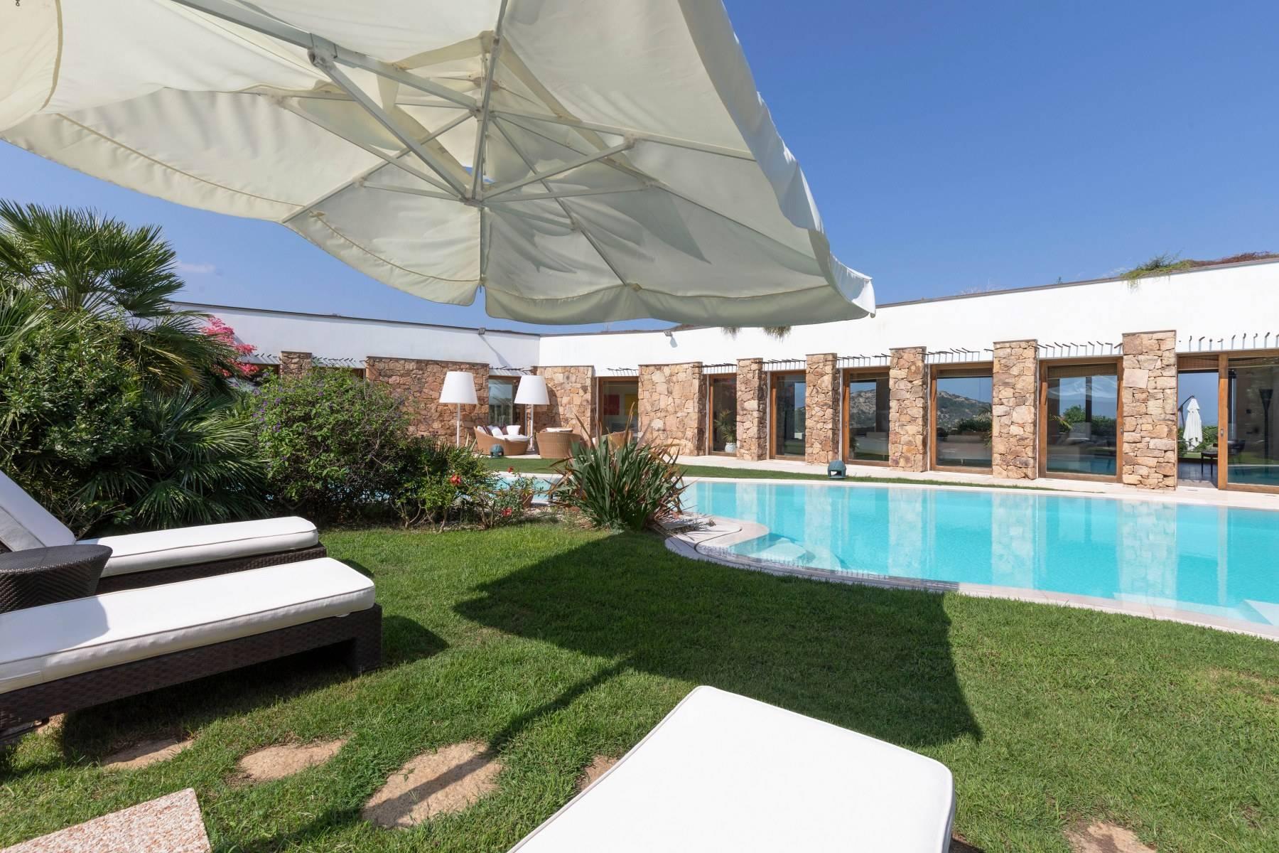 Villa in Vendita a Arzachena: 5 locali, 975 mq - Foto 14