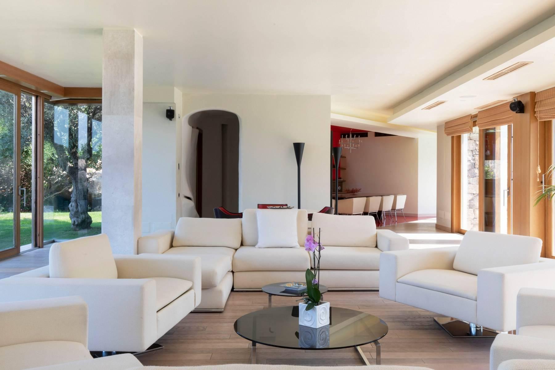 Villa in Vendita a Arzachena: 5 locali, 975 mq - Foto 17