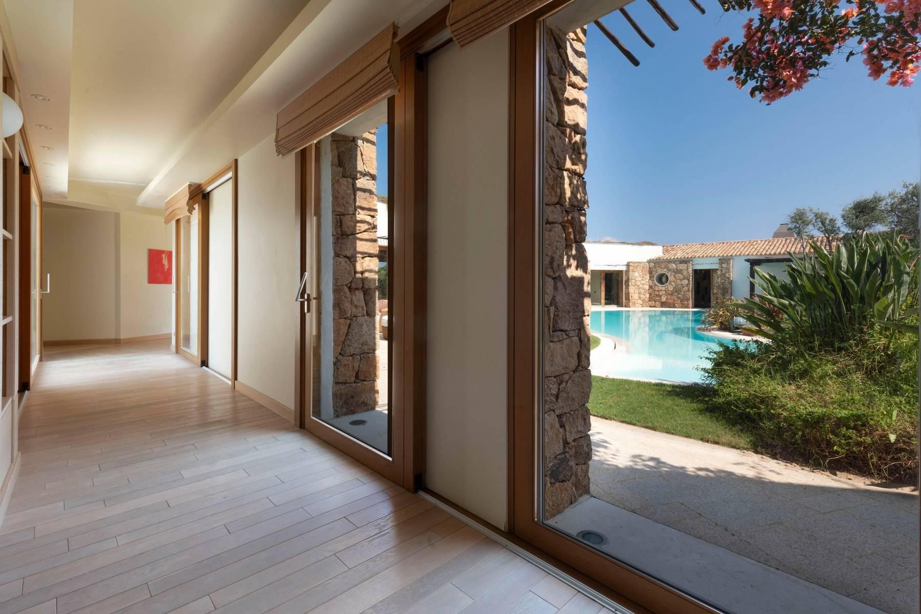 Villa in Vendita a Arzachena: 5 locali, 975 mq - Foto 26