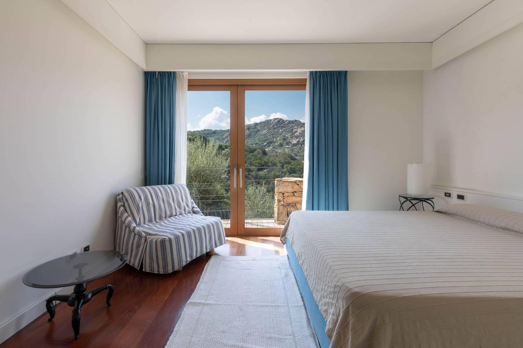 Villa in Vendita a Arzachena: 5 locali, 975 mq - Foto 7