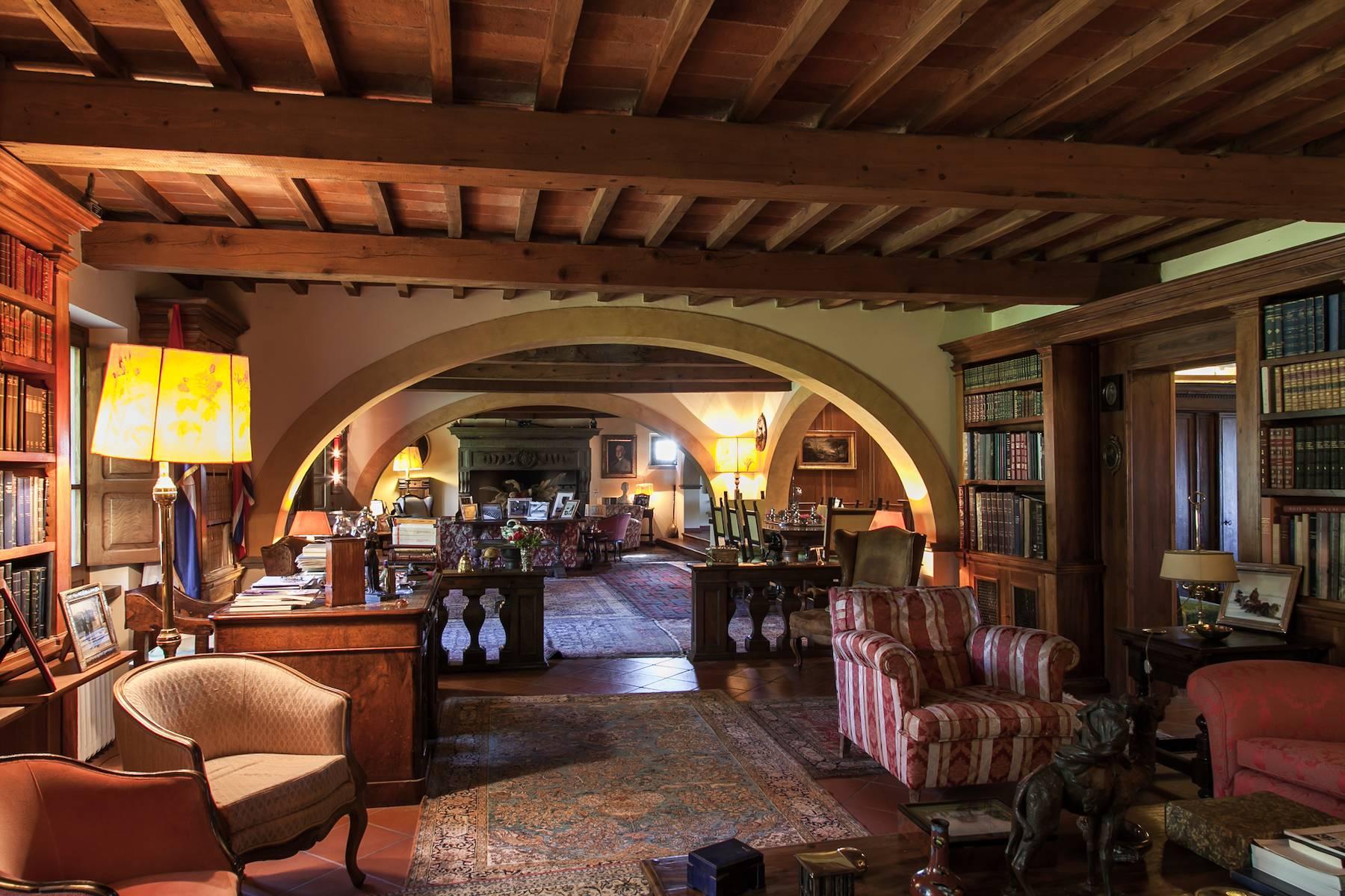Villa in Vendita a Castiglion Fibocchi: 5 locali, 600 mq - Foto 9