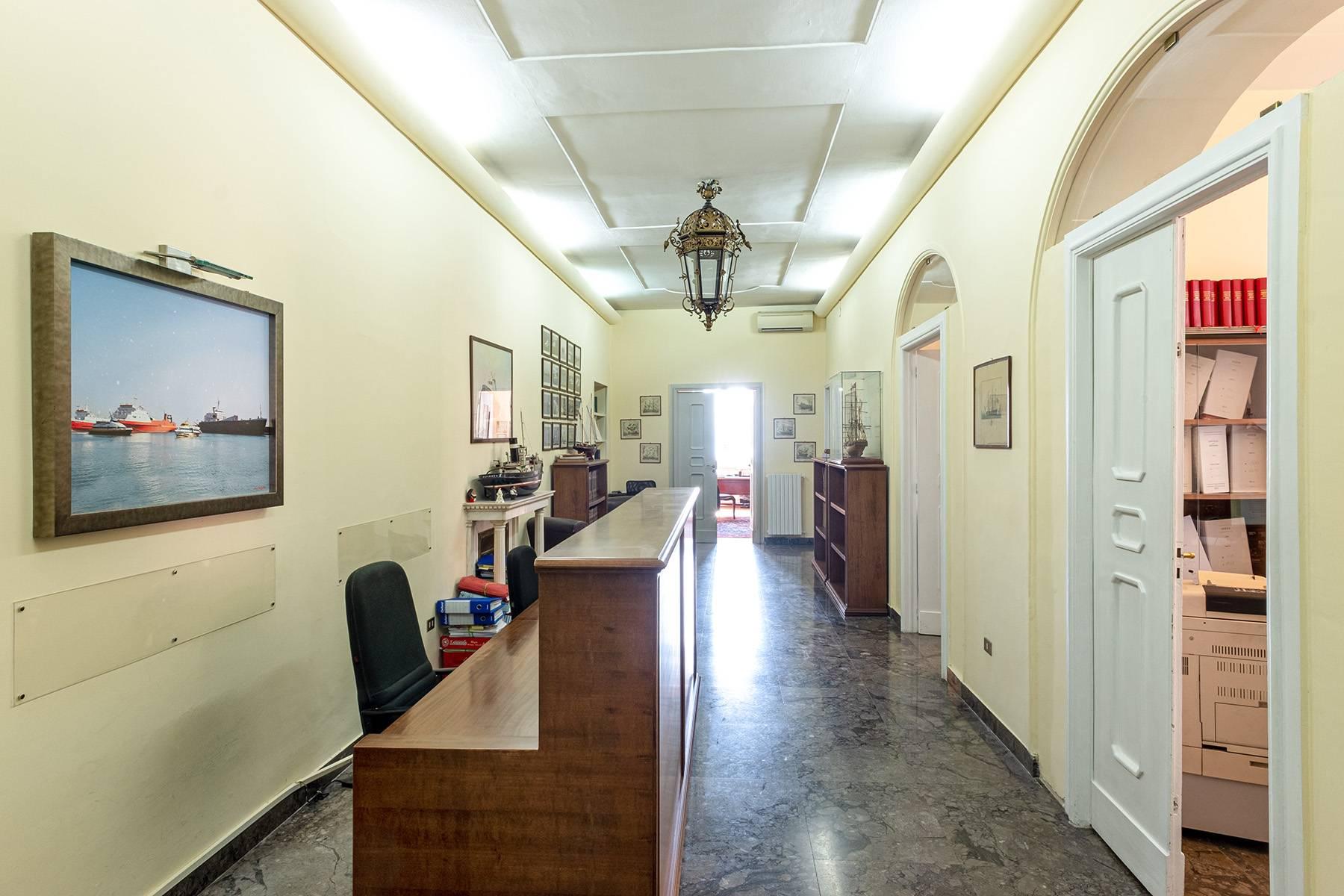 Appartamento in Affitto a Napoli: 5 locali, 170 mq - Foto 8