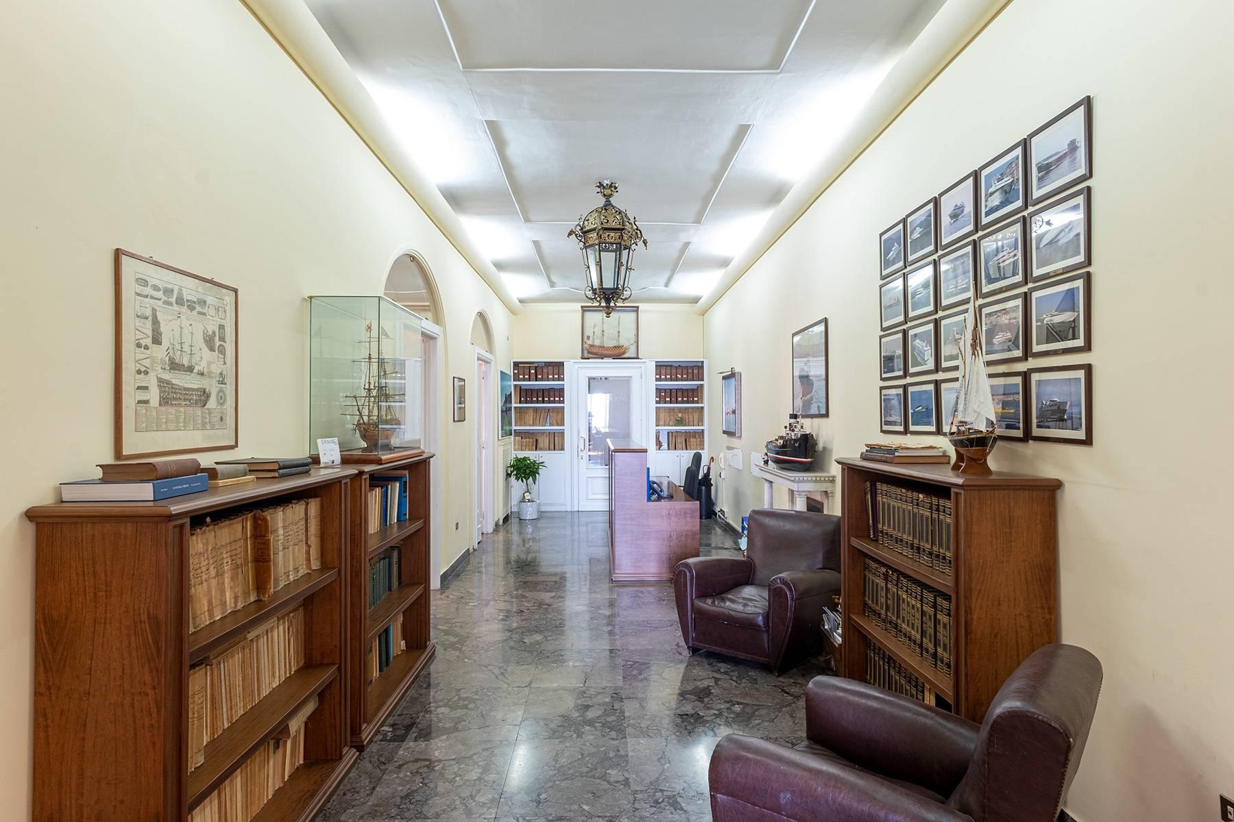 Appartamento in Affitto a Napoli: 5 locali, 170 mq - Foto 9