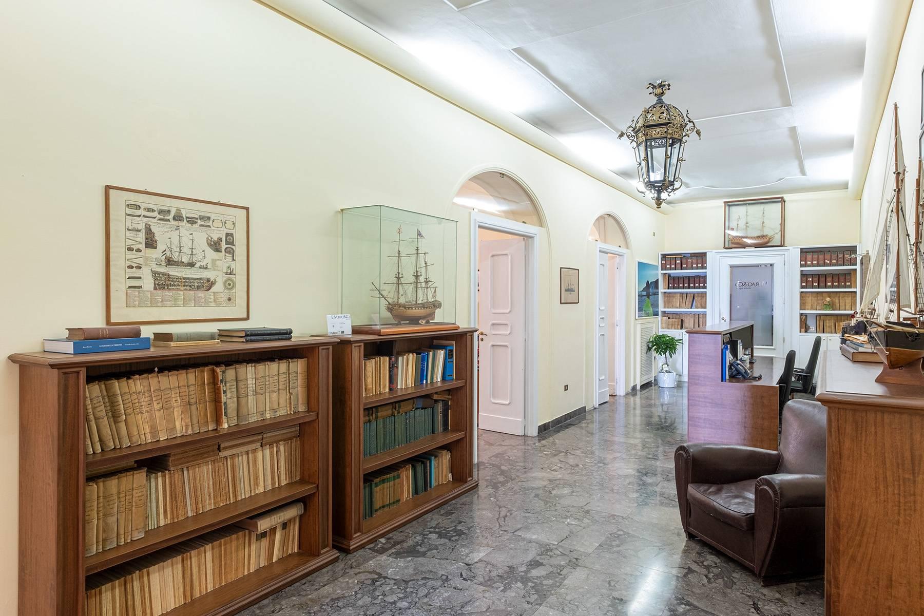 Appartamento in Affitto a Napoli: 5 locali, 170 mq - Foto 10