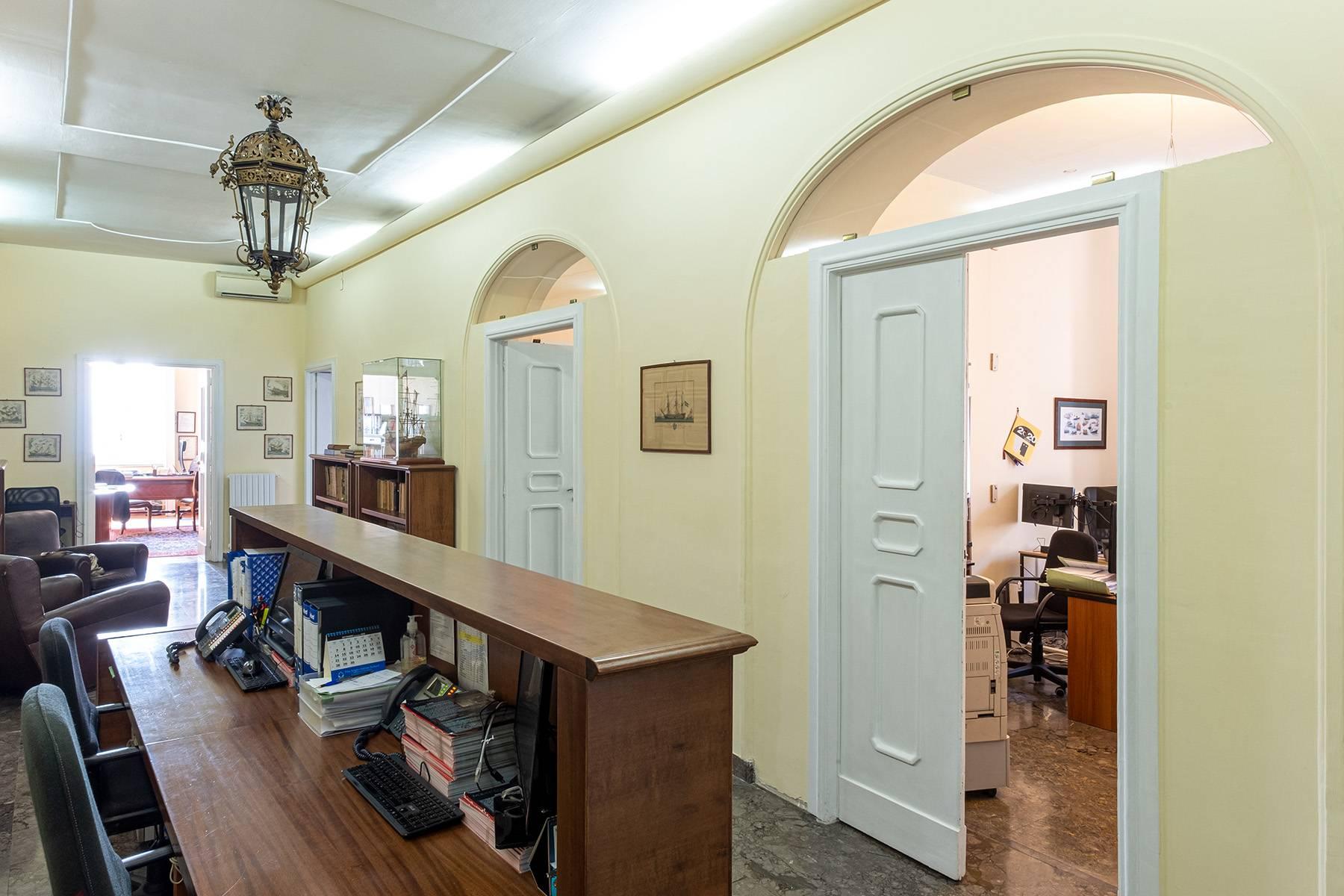 Appartamento in Affitto a Napoli: 5 locali, 170 mq - Foto 13