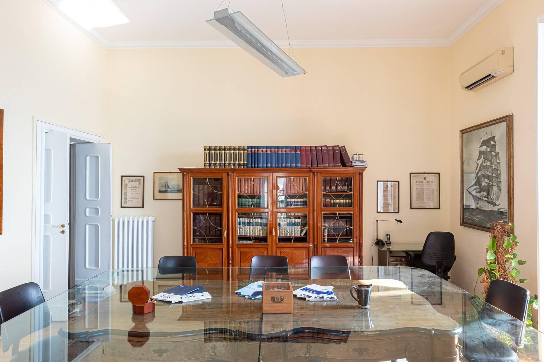 Appartamento in Affitto a Napoli: 5 locali, 170 mq - Foto 16
