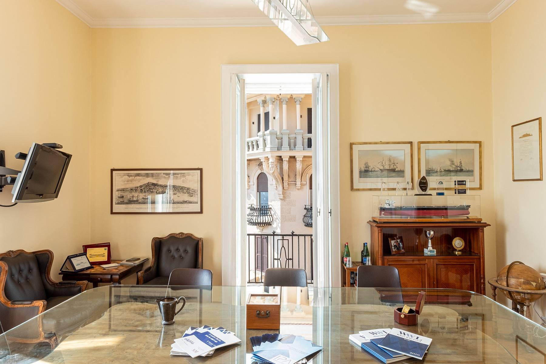 Appartamento in Affitto a Napoli: 5 locali, 170 mq - Foto 17