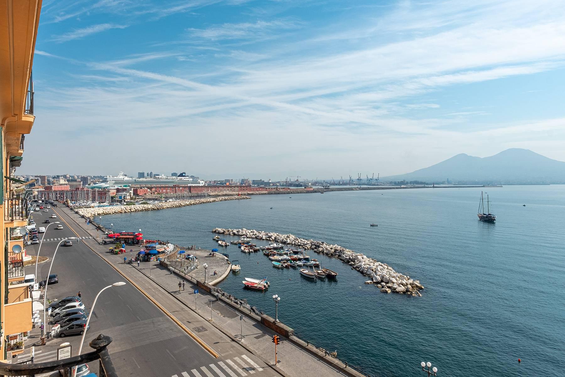 Appartamento in Affitto a Napoli: 5 locali, 170 mq - Foto 4