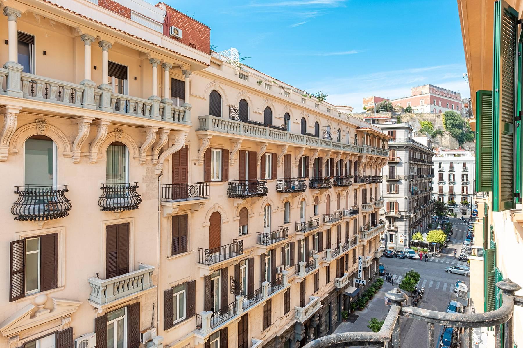 Appartamento in Affitto a Napoli: 5 locali, 170 mq - Foto 18