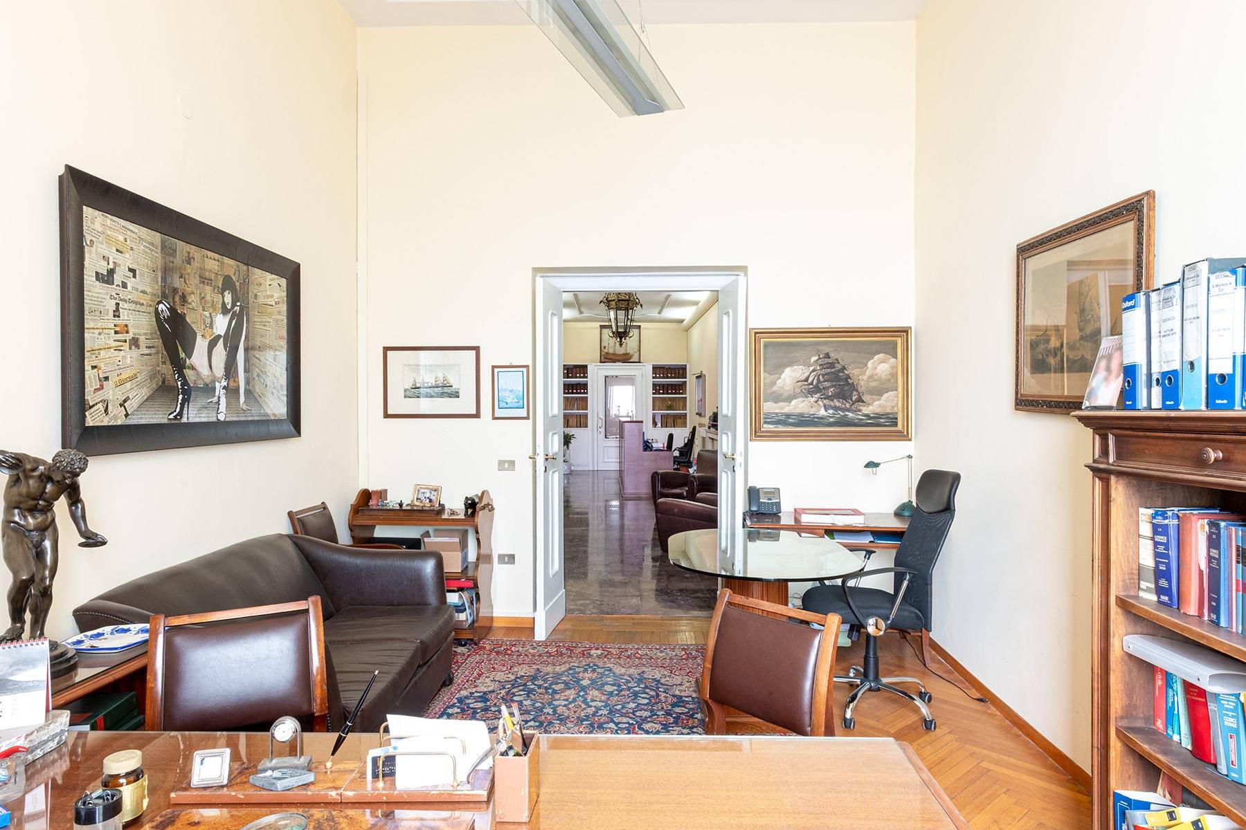 Appartamento in Affitto a Napoli: 5 locali, 170 mq - Foto 23