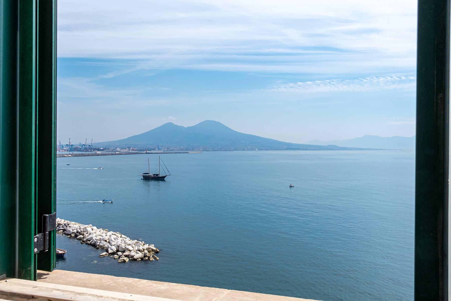 Appartamento in Affitto a Napoli: 5 locali, 170 mq - Foto 3