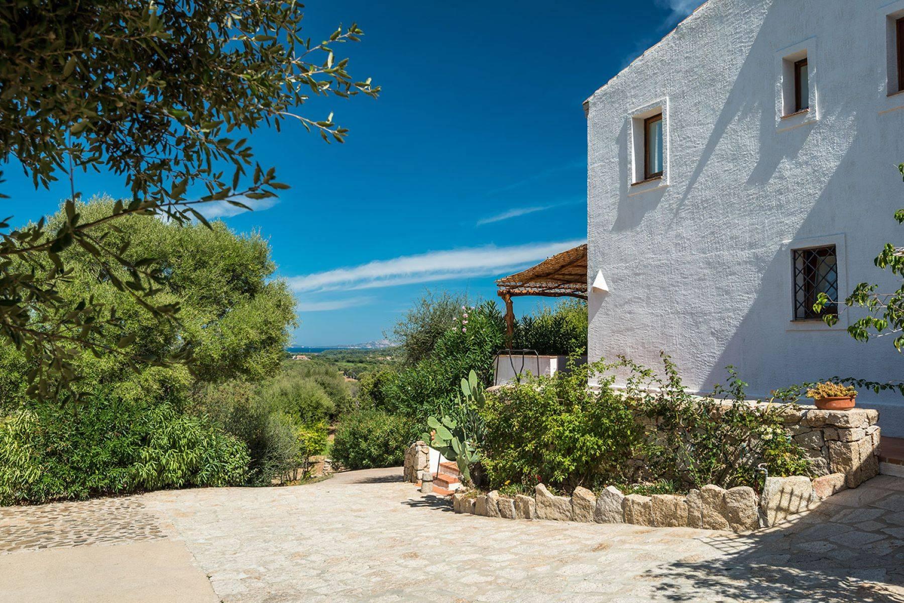 Villa in Vendita a Arzachena: 5 locali, 250 mq - Foto 10