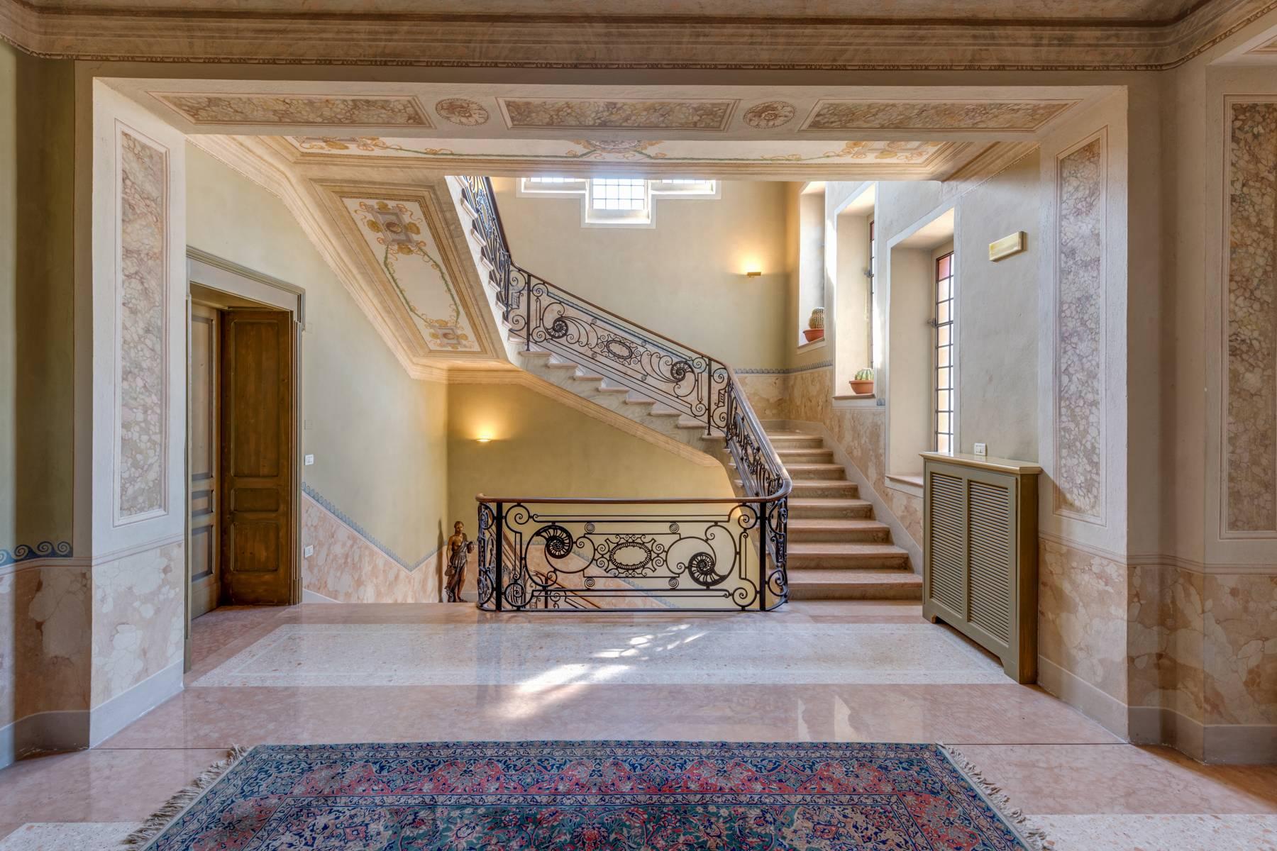 Villa in Vendita a Lonato: 5 locali, 2900 mq - Foto 5