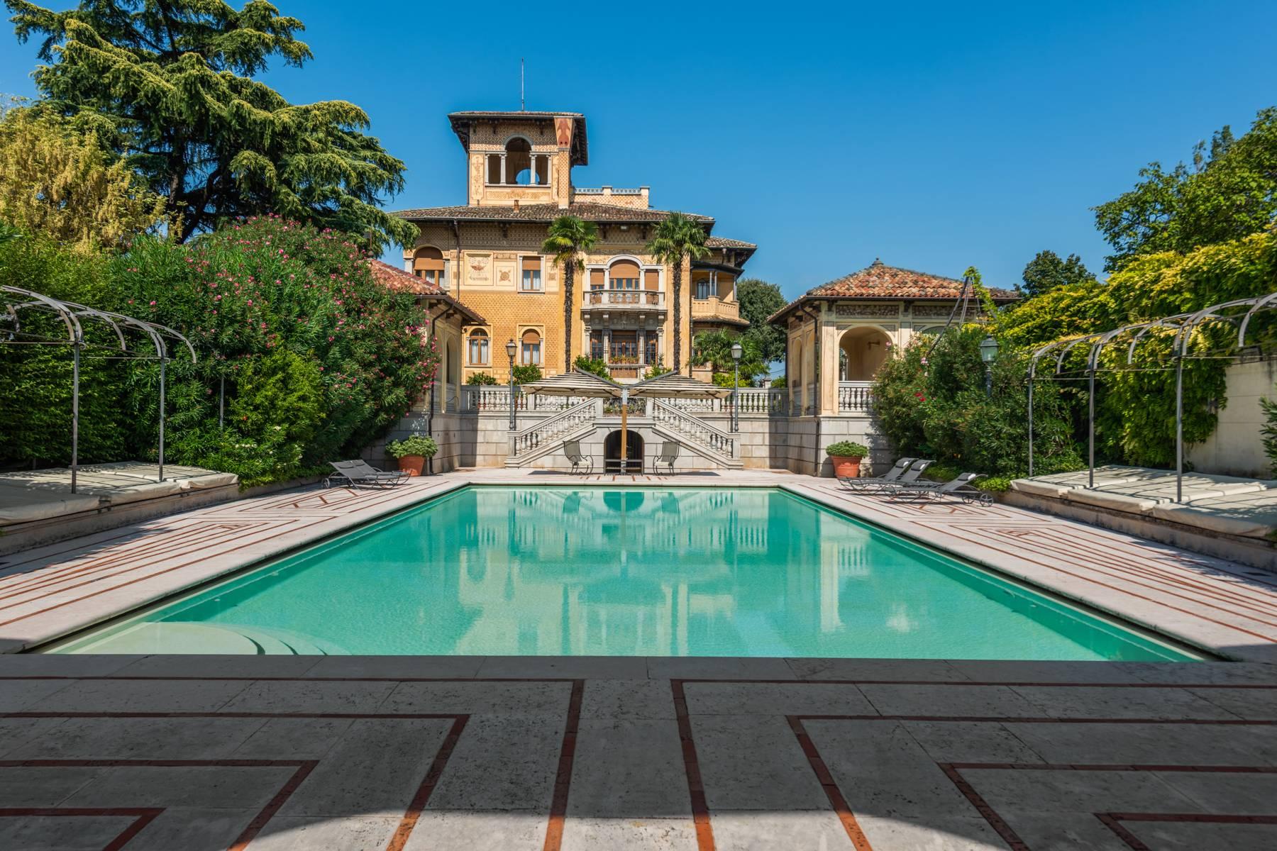 Villa in Vendita a Lonato: 5 locali, 2900 mq - Foto 4