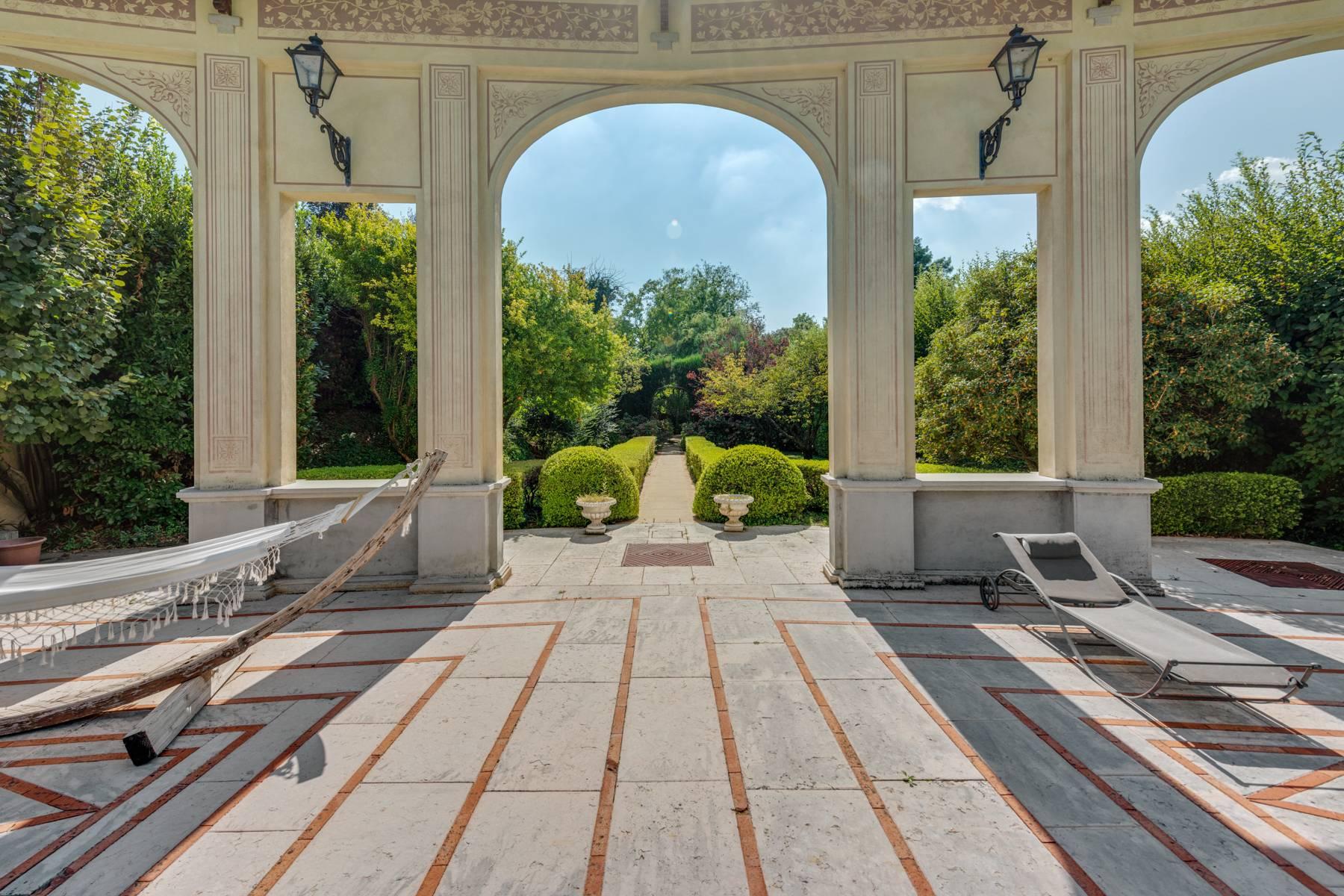 Villa in Vendita a Lonato: 5 locali, 2900 mq - Foto 9