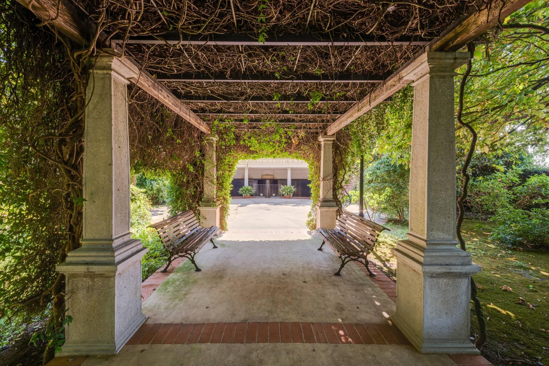 Villa in Vendita a Lonato: 5 locali, 2900 mq - Foto 11