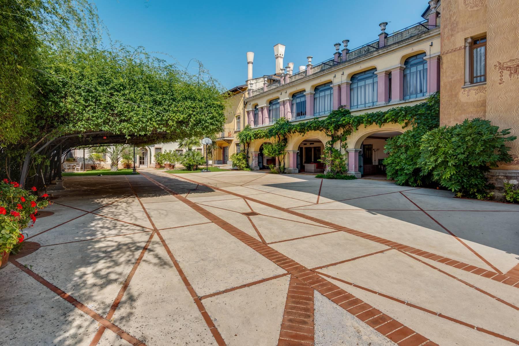 Villa in Vendita a Lonato: 5 locali, 2900 mq - Foto 16