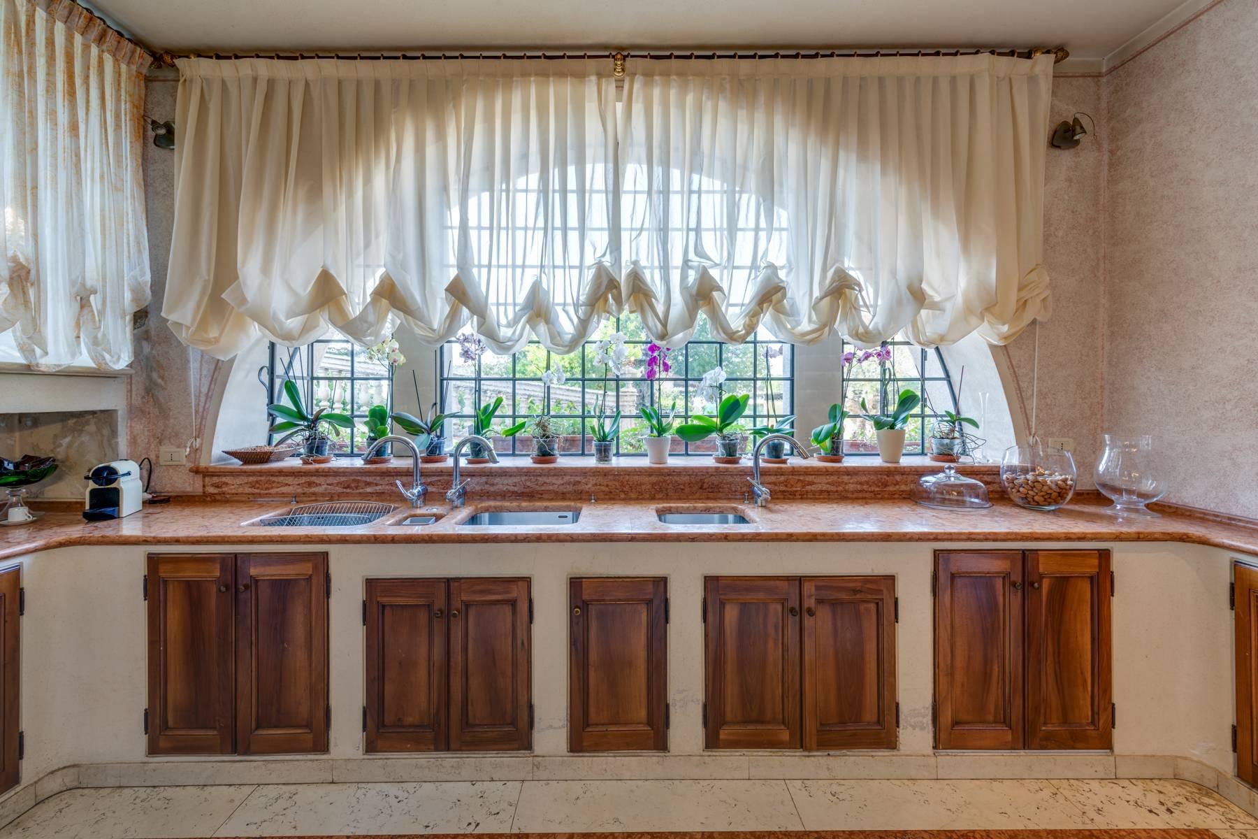 Villa in Vendita a Lonato: 5 locali, 2900 mq - Foto 21
