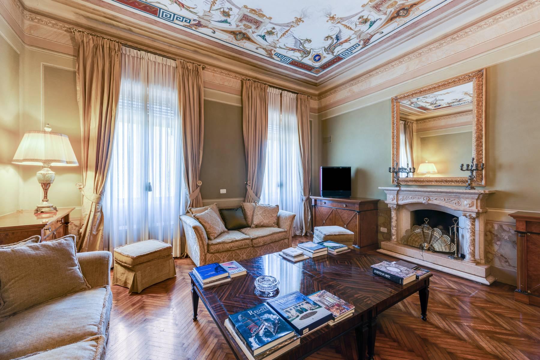 Villa in Vendita a Lonato: 5 locali, 2900 mq - Foto 30