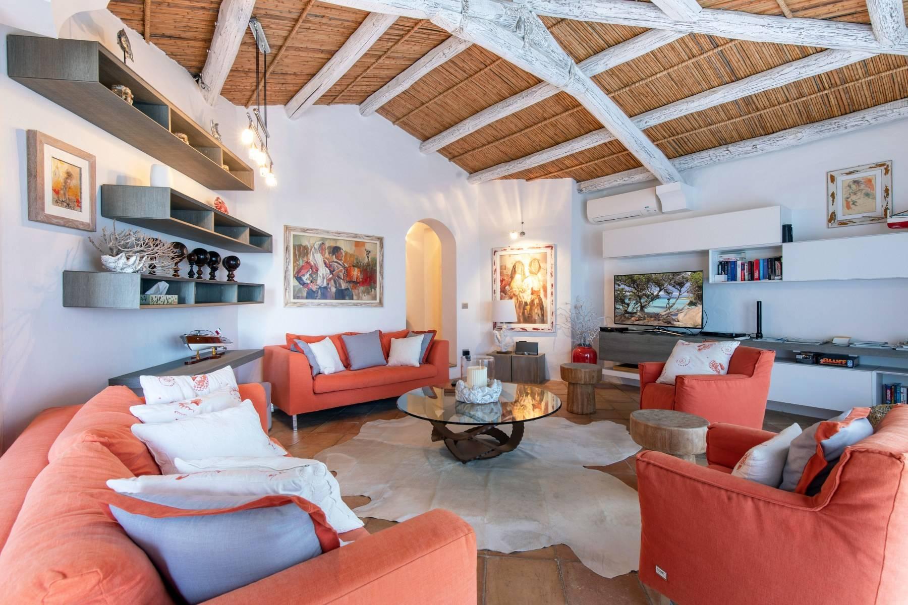 Villa in Vendita a Arzachena: 5 locali, 220 mq - Foto 4
