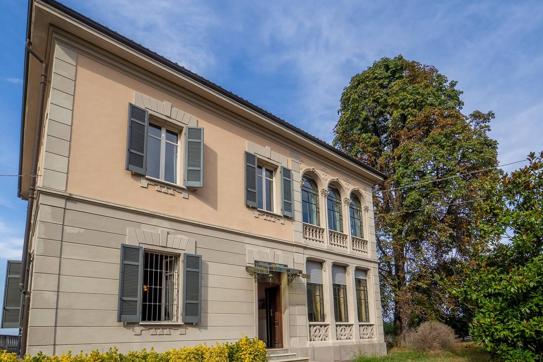 Villa in Vendita a Bruno: 5 locali, 300 mq