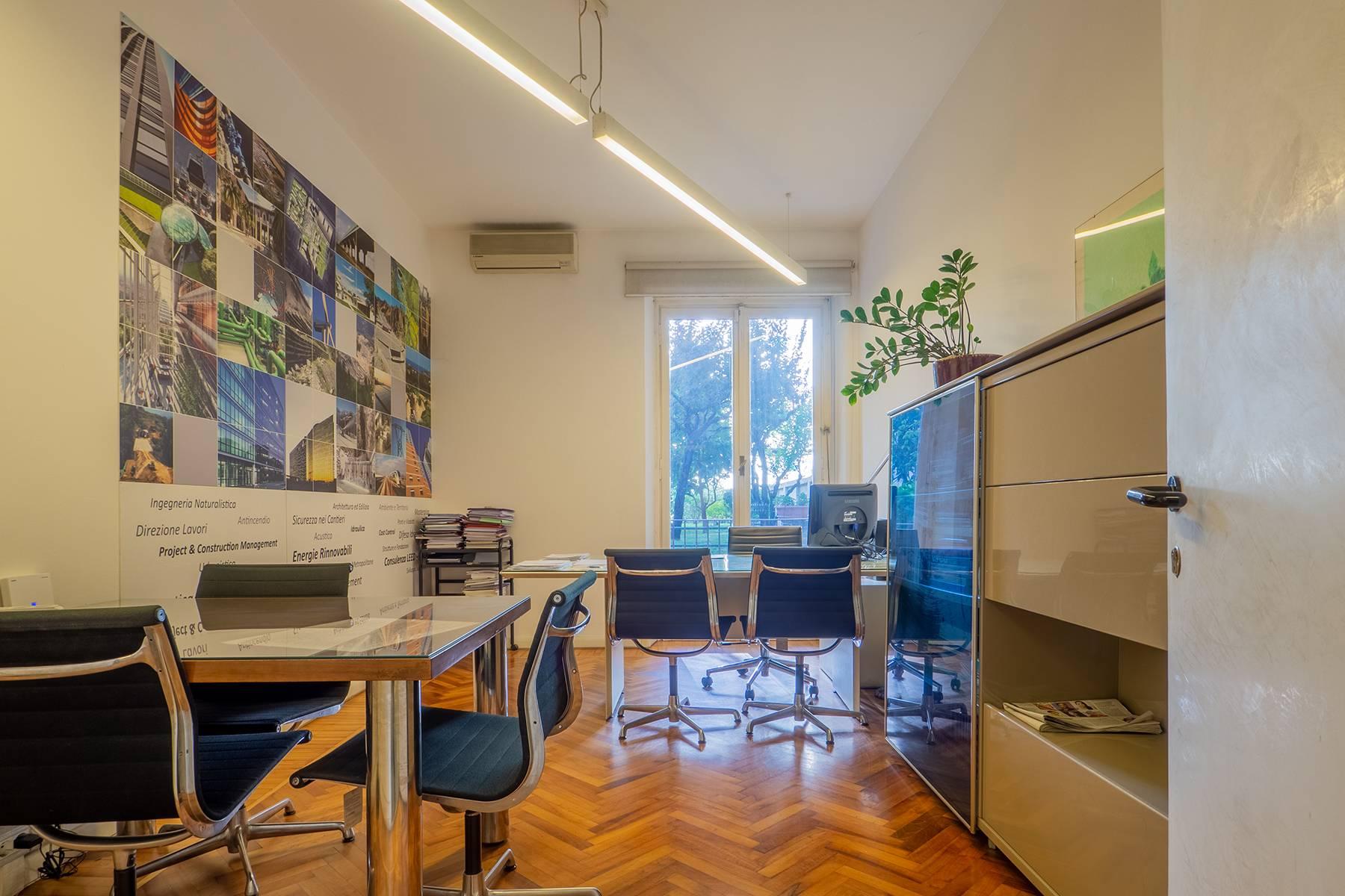 Ufficio-studio in Vendita a Torino: 4 locali, 224 mq - Foto 2