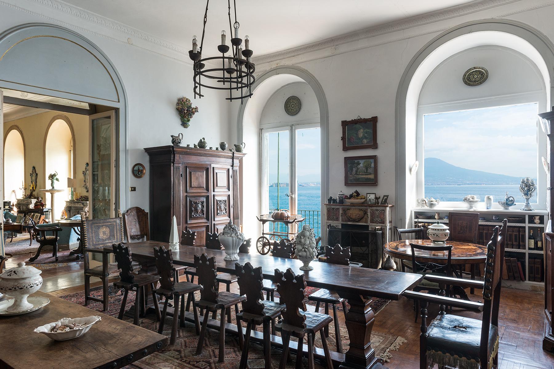 Appartamento in Vendita a Napoli: 5 locali, 450 mq - Foto 11