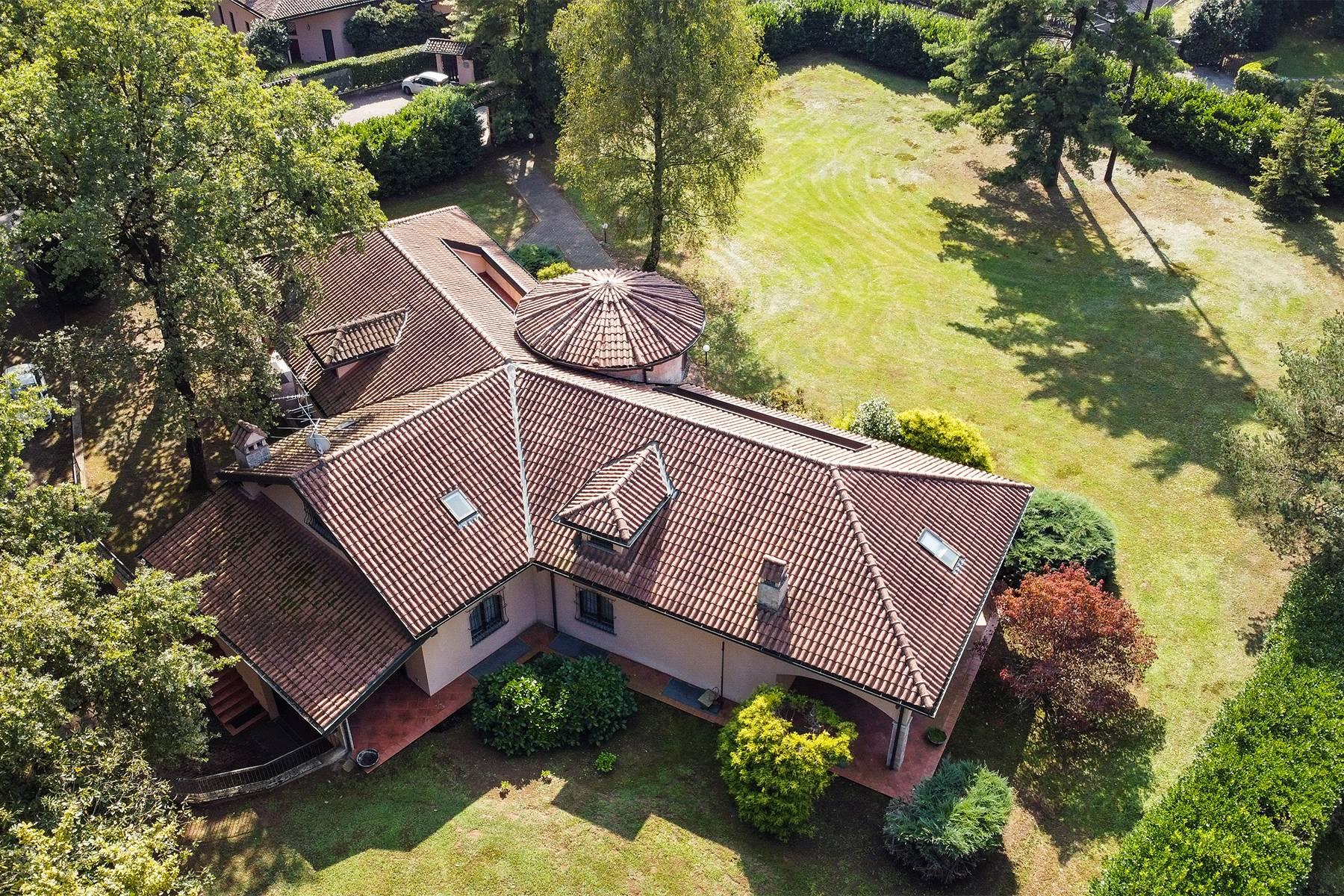 Villa in Vendita a Guanzate: 5 locali, 800 mq - Foto 4