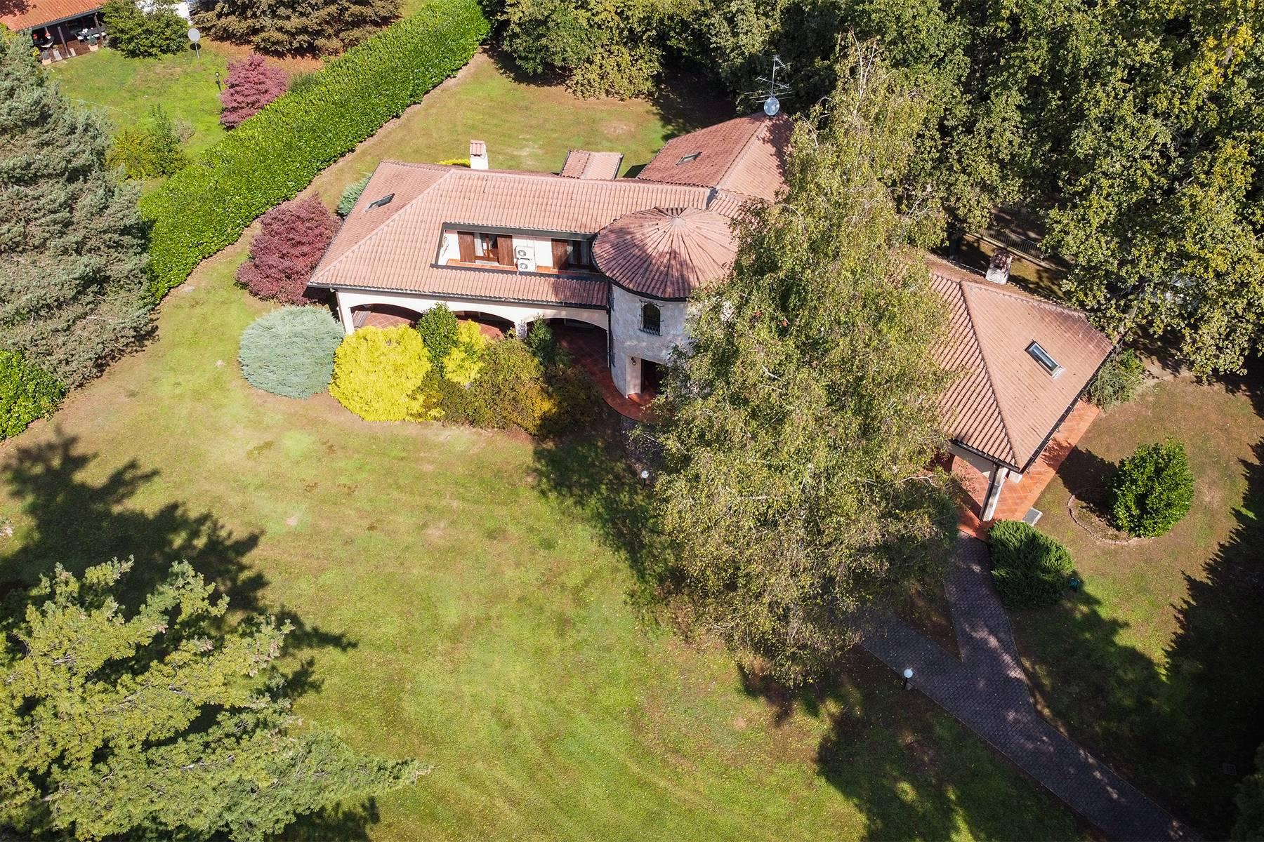Villa in Vendita a Guanzate: 5 locali, 800 mq - Foto 3
